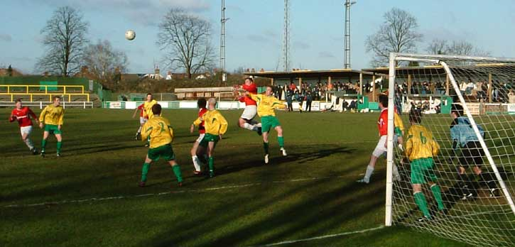 Tomkins header vs Hitchin.
